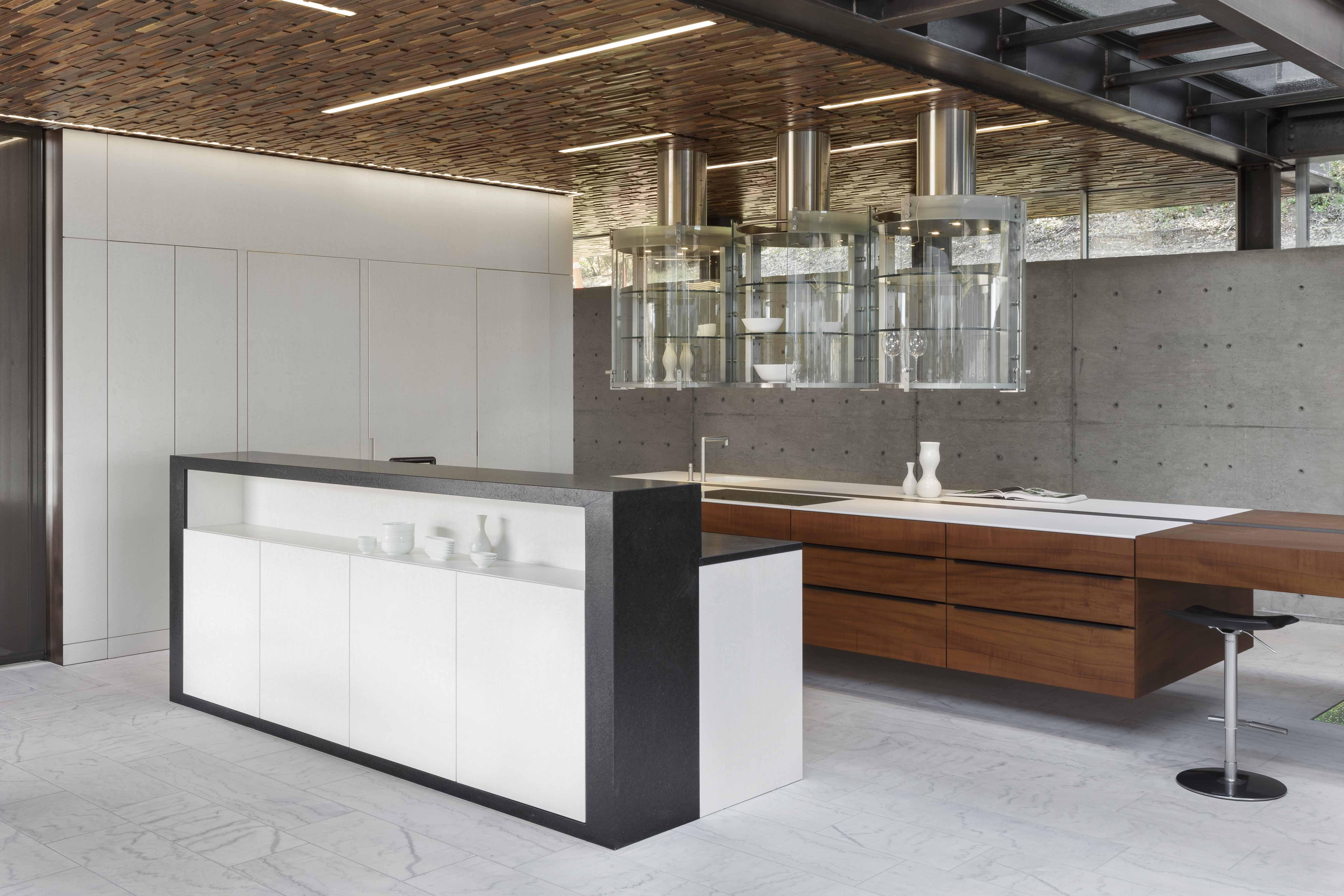 Ultra Modern Home Studiobecker